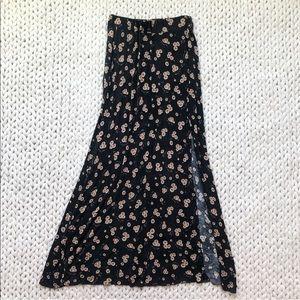 Brandy Melville Black Daisy Floral Maxi Skirt